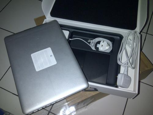 Jual Laptop Sony Vaio & Apple Macbook Blackmarket ORIGINAL.
